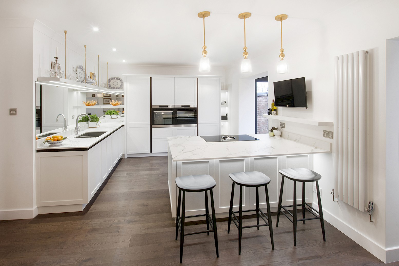 Open plan kitchen - extend and revise layout in Handleless ...